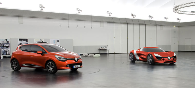 Renault Clio and DeZir concept car