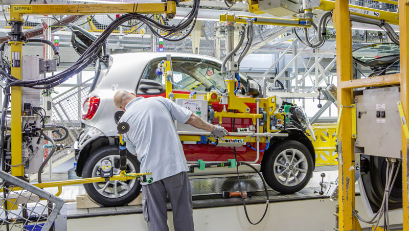 Assembly of new smart fortwo 2014 at Hambach plant