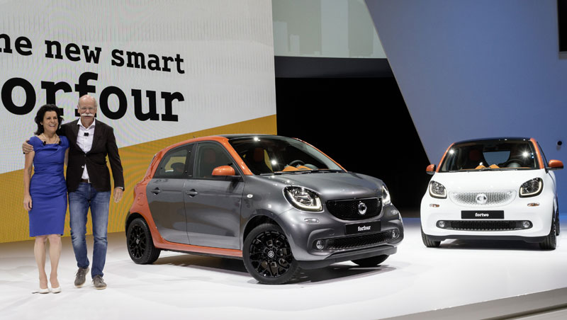 New smart fortwo and forfour world premiere with Zetsche and Winkler