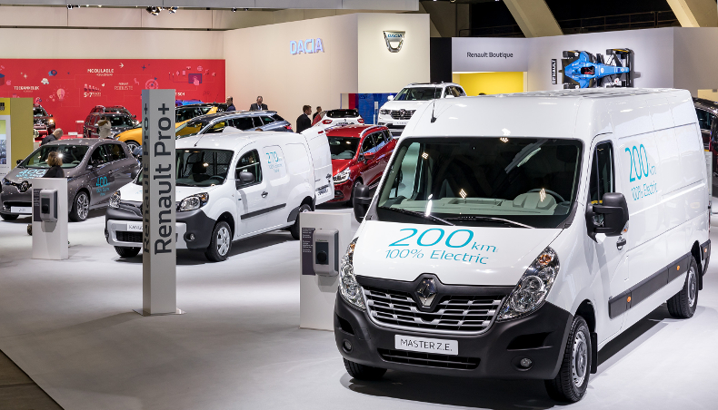 2017 - Renault pro + - Master Z.E Kangoo Z.E - Brussels Motor Show