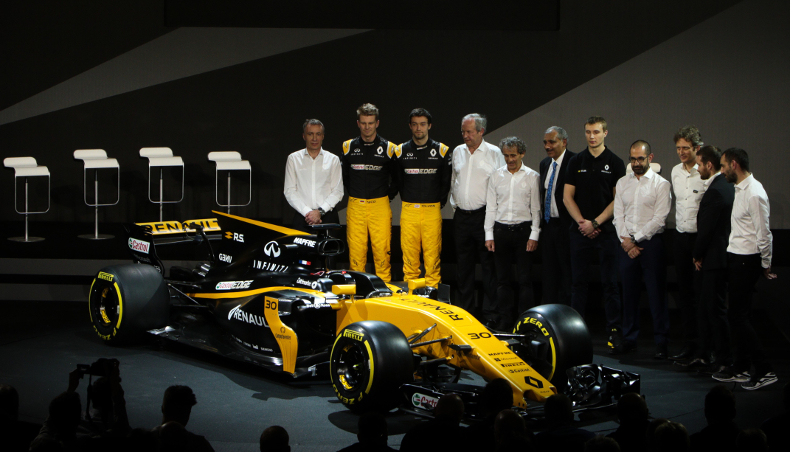 2017 - Voiture Sport Renault Megane R.S.17 - Equipe Formule 1