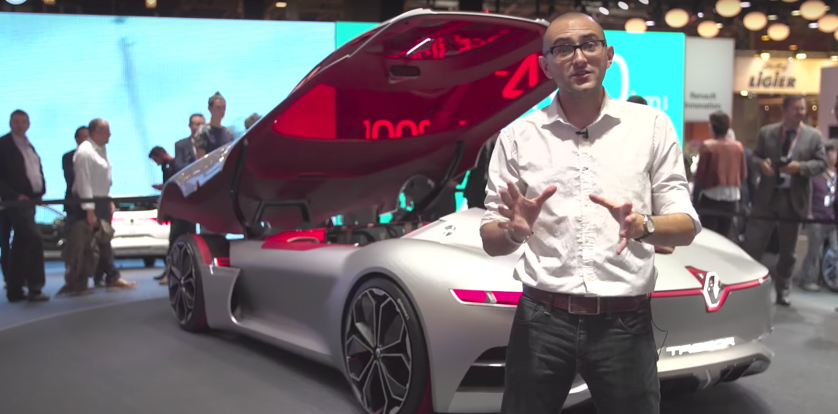 Renault Trezor: Autonomy, electricity, pretty