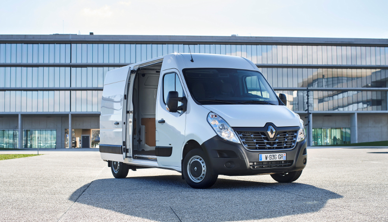 renault master z e un fourgon lectrique pour acc der sans missions en centre ville groupe. Black Bedroom Furniture Sets. Home Design Ideas