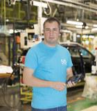Portrait, Gabriel Tanasie, chef d'unité élémentaire de travail à l'usine de Pitesti (Roumanie)
