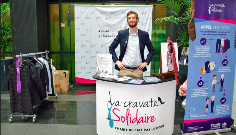 Stand - Cravate Solidaire