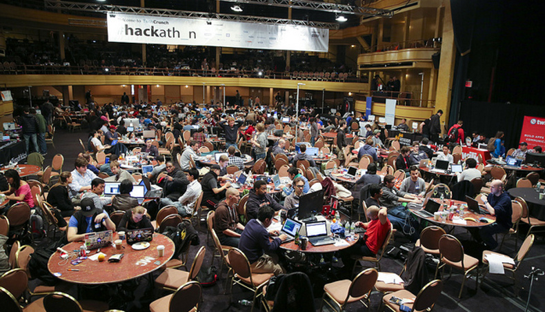 Hackathon TechCrunch 2018 - en situation pendant l'événement