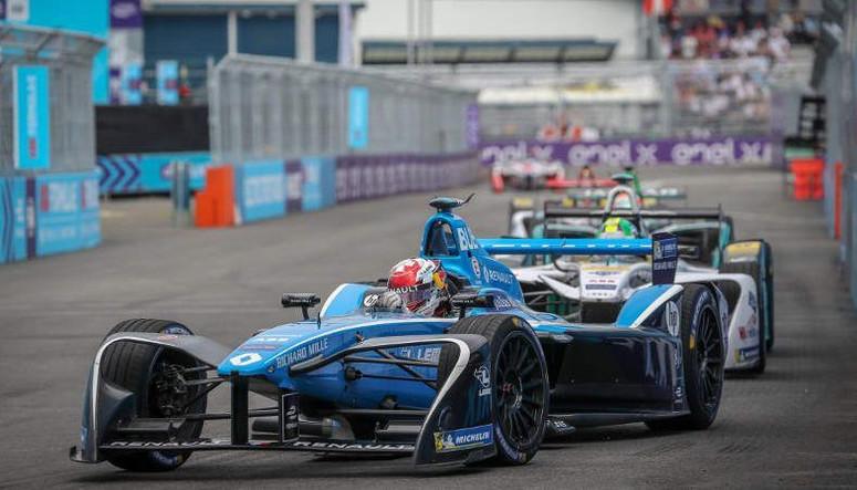 Formula E : Renault passe le flambeau à Nissan