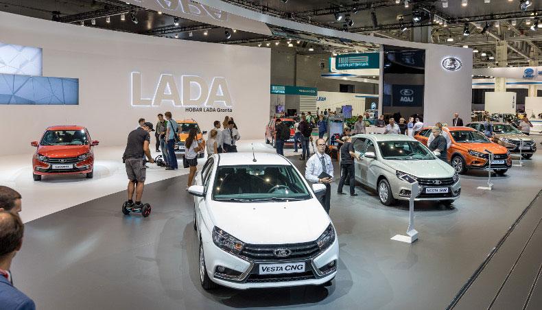 2018 - Stand LADA au Salon International de l'automobile de Moscou