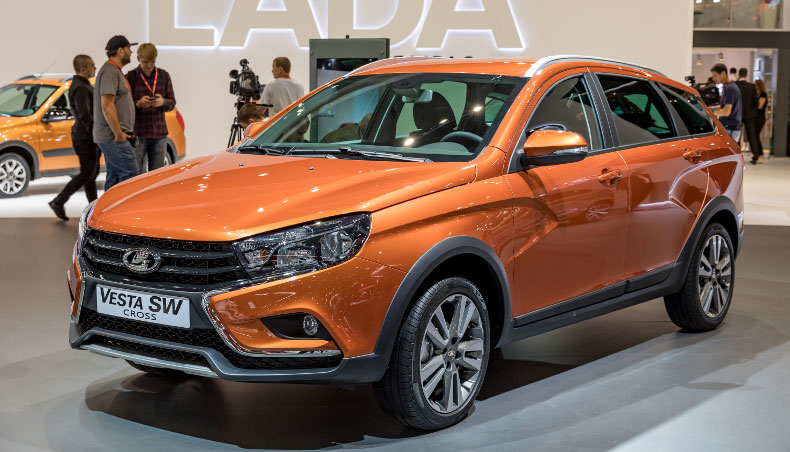 2018 - LADA Vesta SW Cross au Salon International de l'automobile de Moscou