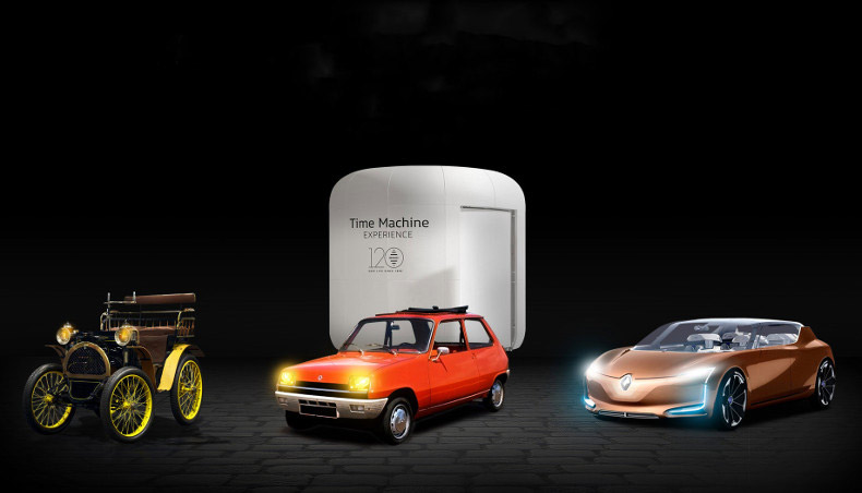 Evénément Renault Time Machine Experience avec la présentation des véhicules historiques, Type A, Renault 5 jusqu'au concept-car Renault SYMBIOZ