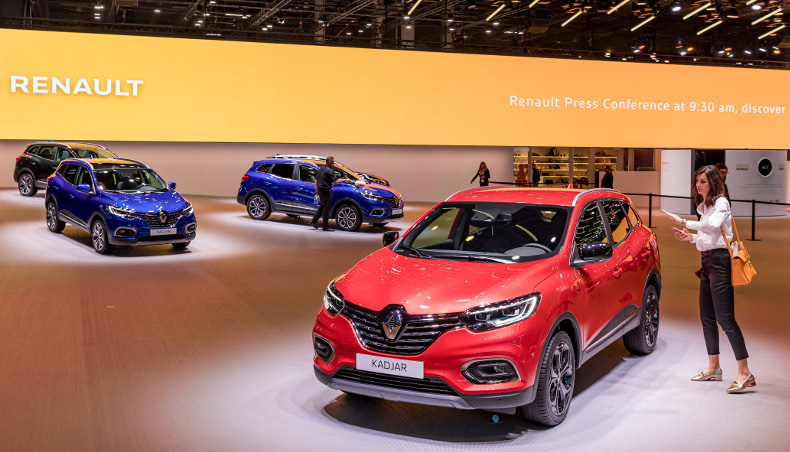 Stand Renault Kadjar ph2 at Paris Motor Show 2018