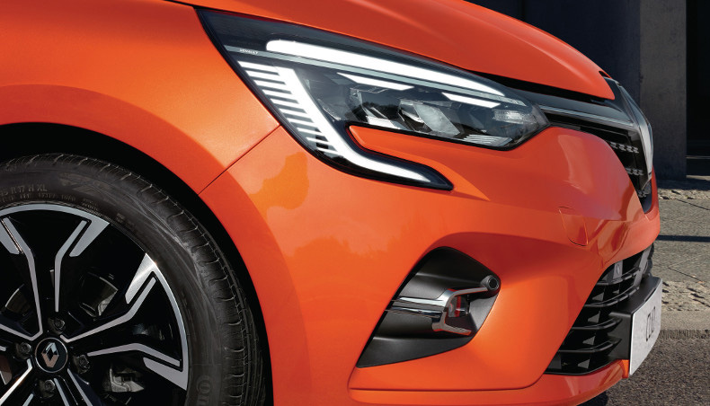 2019 - All-new Renault Clio - Exterior Design - Orange Valencia
