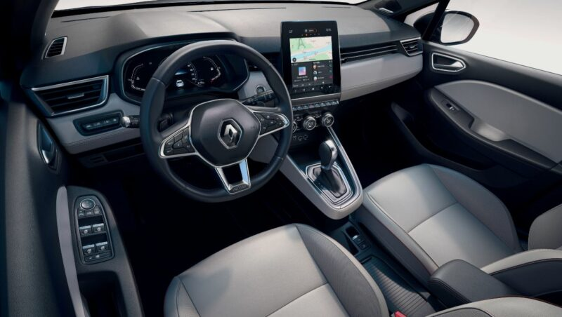 The All-new Renault CLIO: the most comprehensive driving assistance on the market