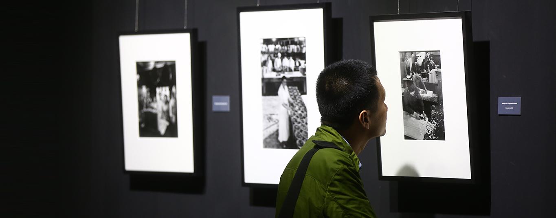 Parmi les missions de la Fondation Renault : le soutien et la promotion de l'art contemporain.