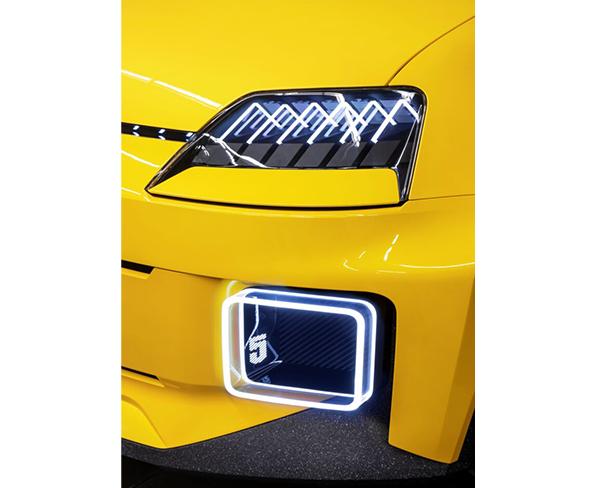 Renault 5 Prototype headlamps and DRLs
