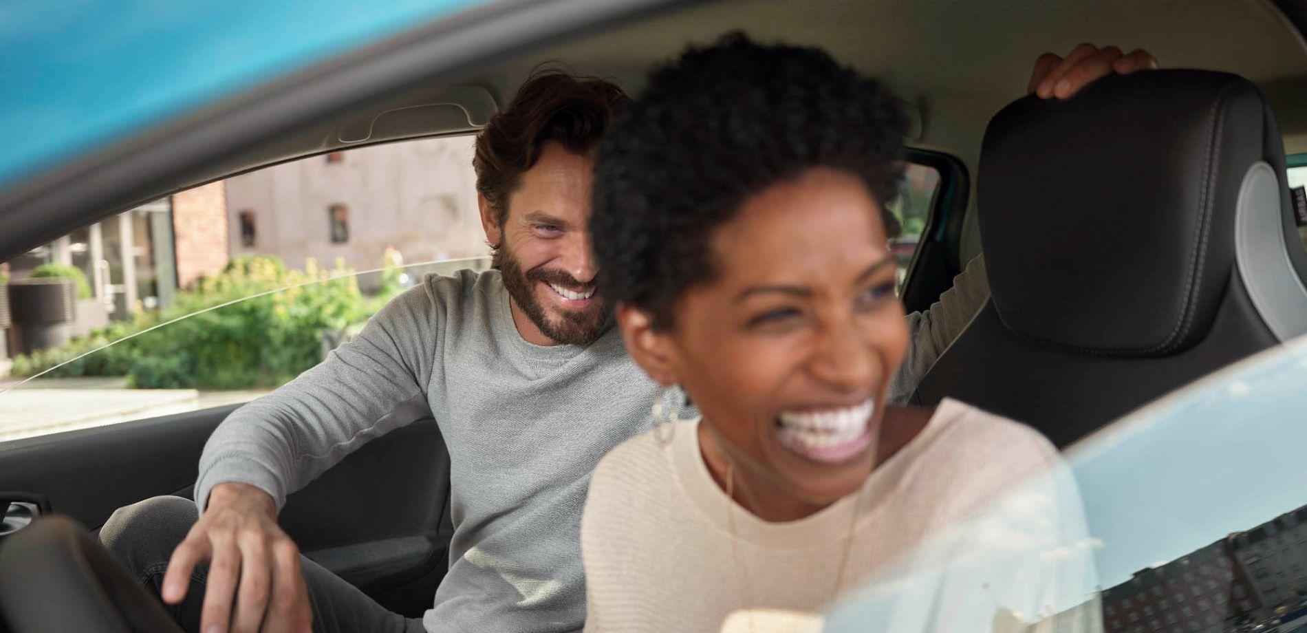 Nouvelle ZOE maximise le plaisir de conduire 100 % électrique