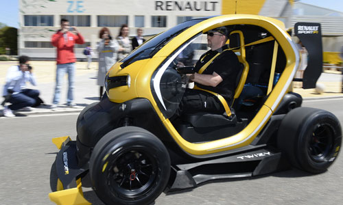twizy renault sport f1 un prototype qui a du peps groupe renault. Black Bedroom Furniture Sets. Home Design Ideas